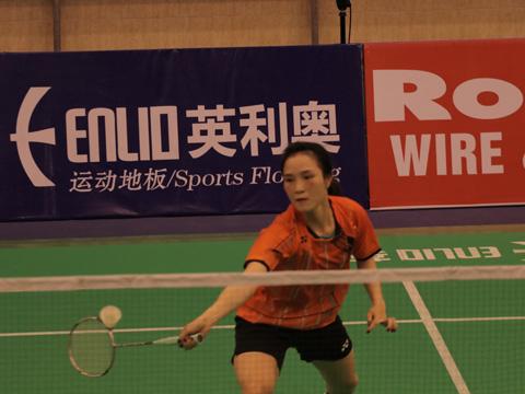 Vũ Thị Trang đã rút ngắn cách biệt với Ayumi xuống còn 1-2 sau 3 lần đối đầu. Ảnh: Quang Liêm
