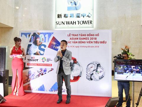 Ông Phạm Hải Phong đại diện nhà tài trợ Tissot phát biểu. Ảnh: QN