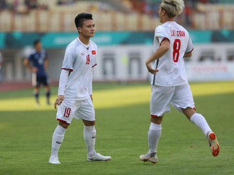 Quang Hải là cầu thủ có thể gây đột biến tốt nhất bóng đá Việt Nam hiện tại. Ảnh: Hoàng Linh