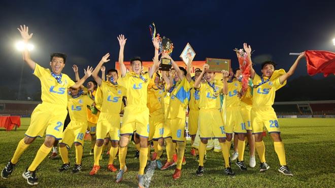 SLNA vô địch U15 quốc gia sau 16 năm chờ đợi