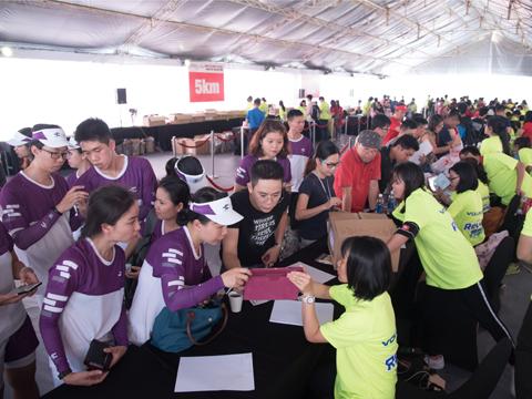 Giải Marathon quốc tế 2018 thu hút số lượng VĐV đăng ký kỷ lục. Ảnh: Bình Minh