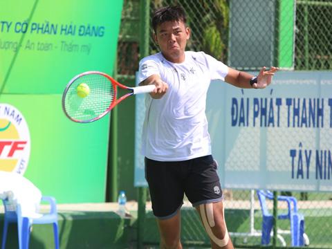 Hoàng Nam kết thúc hơn nửa tháng trời qua 2 giải đấu trên sân nhà với thành tích 1 chức vô địch và 3 ngôi Á quân. Ảnh: TT