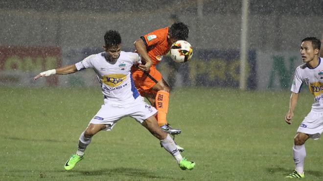 HAGL đại thắng trong ngày 'Ronaldinho' Tuấn Anh không đăng ký