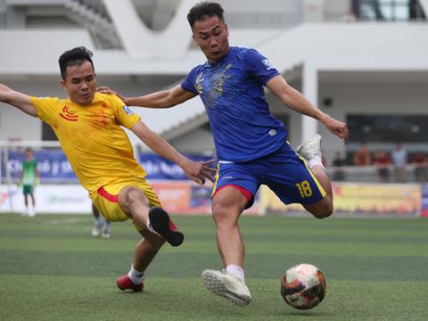 Dù chơi hay nhưng Lam Hồng của Quang Nam vẫn thất bại trước Văn Minh Miền Nam ở chung kết SPL-S1 chiều 22/12. Ảnh: Duy Anh