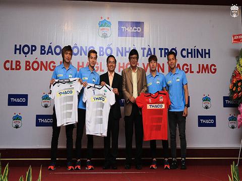 HAGL sẽ gắn bó với nhà tài trợ mới THACO từ mùa giải 2019. Ảnh: Trần Minh