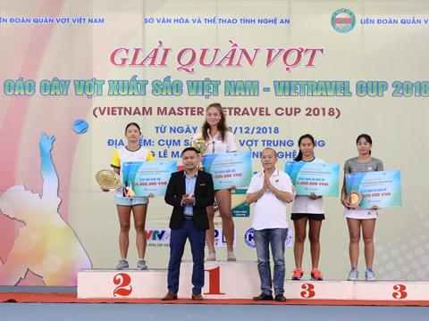 Tiffany Linh Nguyễn của Bình Dương cũng bảo vệ thành công danh hiệu vô địch đơn nữ. Ảnh: TT