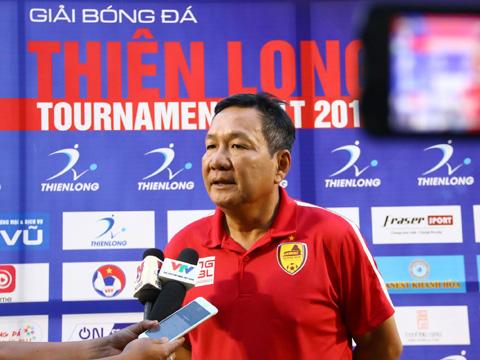 HLV Hoàng Văn Phúc tin tưởng đội tuyển Việt Nam có nhiều lợi thế trước Nhật Bản dù họ mạnh hơn. Ảnh: Đình Viên
