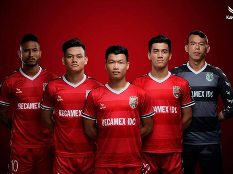 B.Bình Dương đang khá thành công với sự kết hợp đội hình gồm nhiều cầu thủ trẻ. Ảnh: CLB