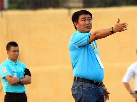 HLV Trần Minh Chiến kỳ vọng sẽ có 3 điểm đầu tay chủ nhật tuần này. Ảnh: VPF