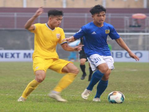Hồng Lĩnh Hà Tĩnh (vàng) khởi đầu suôn sẻ ở vòng 1 giải hạng Nhất. Ảnh: VPF