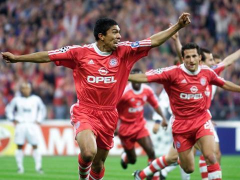 Elber khi còn thi đấu là tiền đạo xuất sắc của Bayern Munich