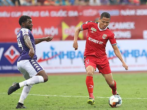 Anh Đức cũng sở hữu hiệu suất ghi bàn đáng nể khiến HLV Park Hang Seo phải thuyết phục đội trưởng B.Bình Dương trở lại đội tuyển. Ảnh: VPF