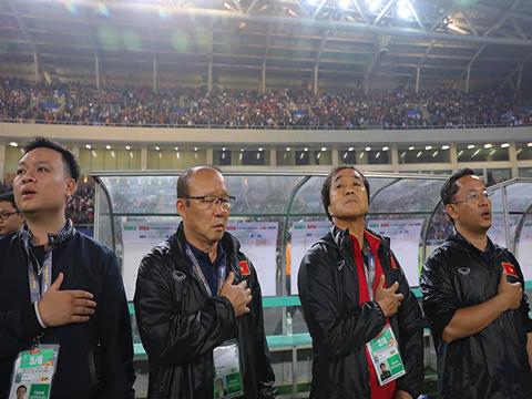 HLV Park Hang Seo đang có những tiền vệ trung tâm chất lượng. Ảnh: Hoàng Linh