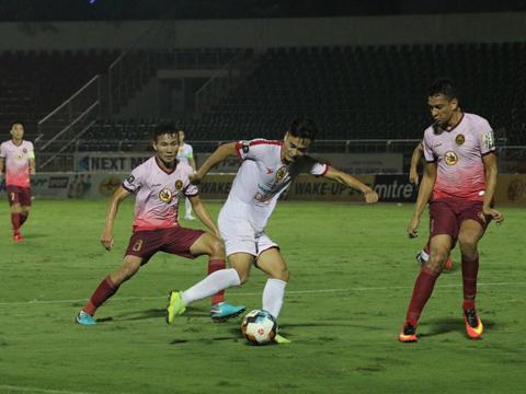 Vũ Minh Tuấn và đồng đội vẫn đì đẹt ở nhóm cuối, còn Sài Gòn đã vươn lên Top 3 với 17 điểm. Ảnh: HT