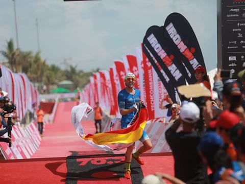 VĐV danh tiếng thế giới Patrick tiếp tục khẳng định vị trí số 1 ở sân chơi này khi giải diễn ra ở Việt Nam. Ảnh: TT