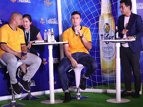 Văn Lâm chia sẻ muốn đá cùng Rio Ferdinand. Ảnh: TG