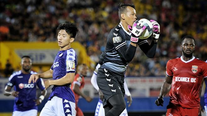 Tiến Linh toả sáng đưa B.Bình Dương vào tứ kết Cup quốc gia