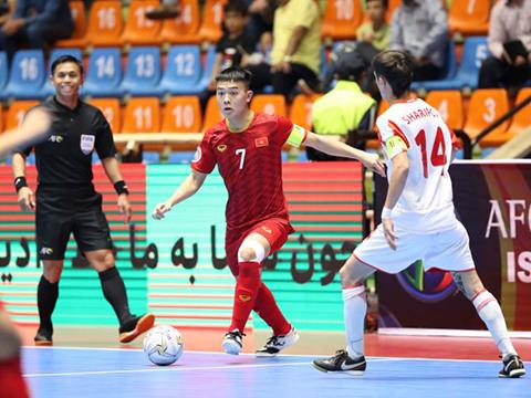 U20 Việt Nam giành vé vào tứ kết giải futsal U20 châu Á 2019 chỉ sau một trận thắng. Ảnh: TD