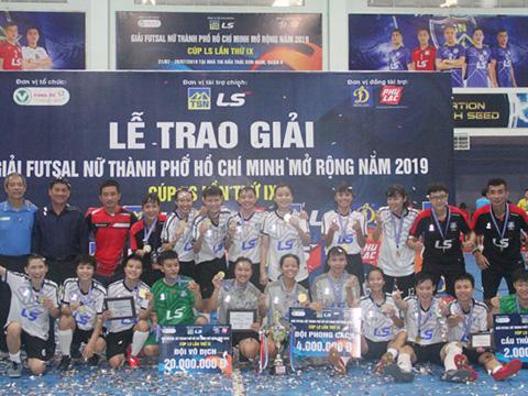 Đội chủ nhà đã đòi lại vị thế thống trị ở giải futsal nữ lớn thứ 2 trong năm của futsal Việt Nam. Ảnh: ĐA