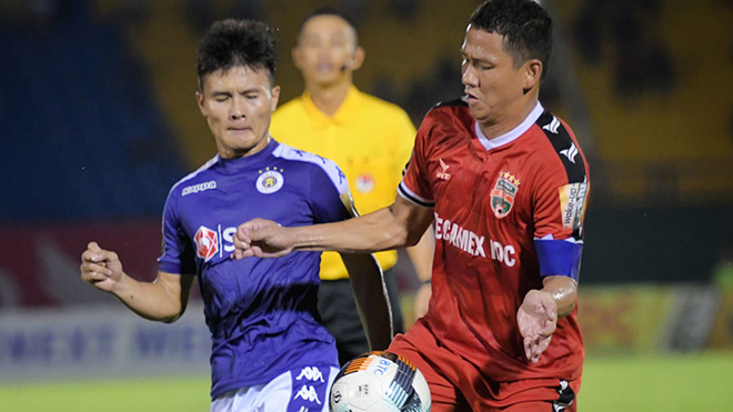 Quang Hải và Tấn Tài 'lên gân' trước đại chiến tại AFC Cup