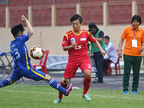Cô trò Kim Chi có kết quả thuận lợi khi thắng 2, hoà 1 trước 3 ứng viên hàng đầu khác cho chức vô địch ở lượt đi mùa này. Ảnh: TSB