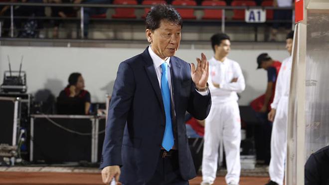 HLV Chung Hae Soung gây sốc khi trả lời báo chí Hàn Quốc về việc Hà Nội được thiên vị để vô địch V-League 2019. Ảnh: TPHCM