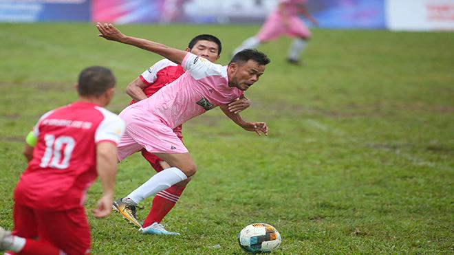 Cựu tuyển thủ quốc gia tỏa sáng ở giải phủi hàng đầu TP.HCM