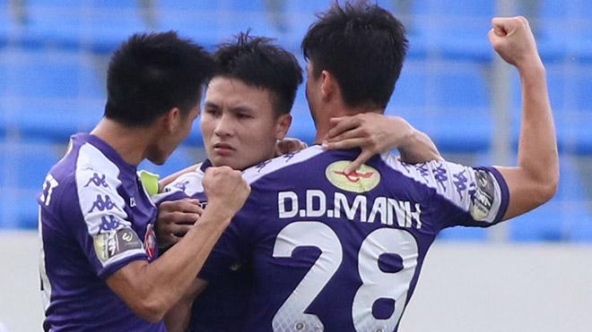 Quang Hải đang chơi hay hơn ở cấp CLB. Ảnh: VPF