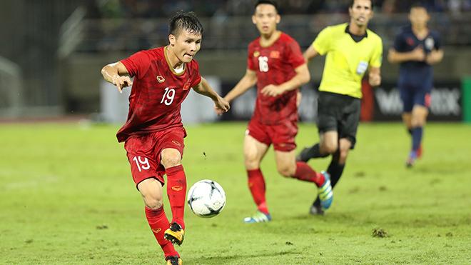 Quang Hải chơi mờ nhạt ở hai trận gặp Thái Lan. Ảnh: Hoàng Linh