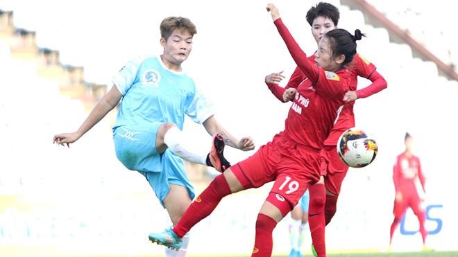 Phong Phú Hà Nam (đỏ) có 3 điểm trước Sơn La chiều 19/9. Ảnh: PH