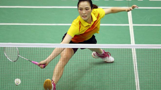 Vũ Thị Trang đã chia tay giải sau trận thua ngược tay vợt Trung Quốc. Ảnh: Quang Liêm
