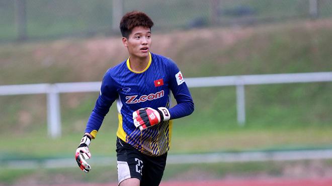 Phí Minh Long khi còn là số 1 ở U23 Việt Nam năm 2017. Ảnh: Hoàng Linh