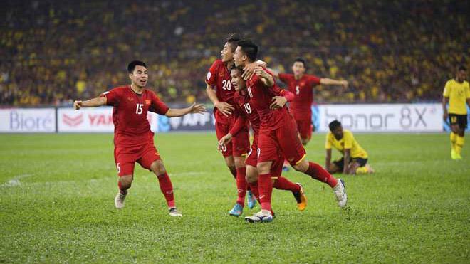 HLV Park Hang Seo chọn 'lá phổi' nào đấu Malaysia?