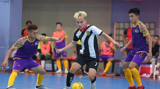 Anh Kiệt FC (giữa) đánh bại những đối thủ mạnh để vào chung kết. Ảnh: HFF