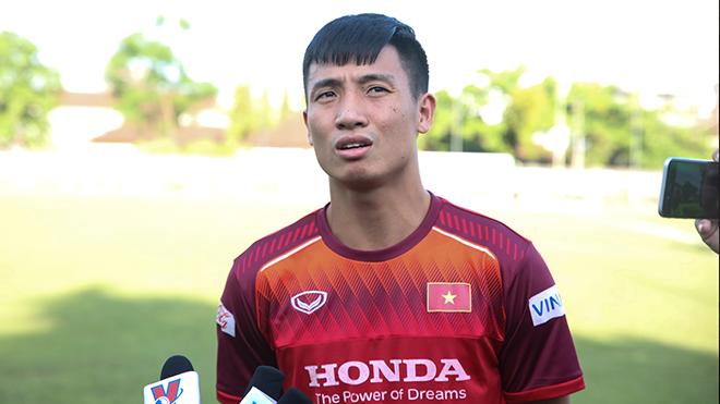 Tiến Dũng cùng đồng đội sẵn sàng đả bại Indonesia ở Bali tối 15-10 tới. Ảnh: Hoàng Linh