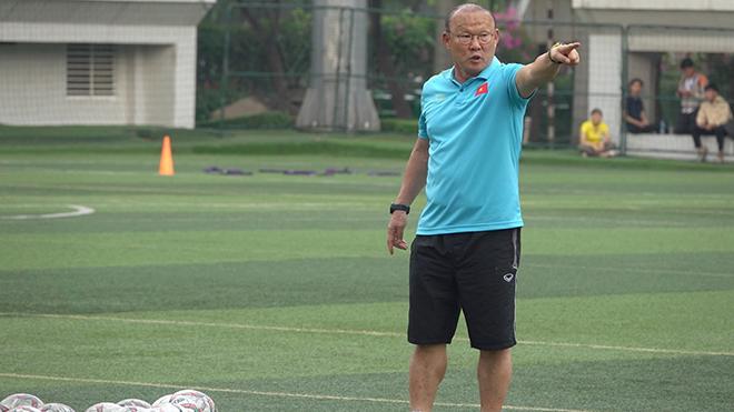 HLV Park Hang Seo không có quá 5 buổi tập đầy đủ quân số cùng U22 Việt Nam trước thềm SEA Games 30. Ảnh: Linh Phạm