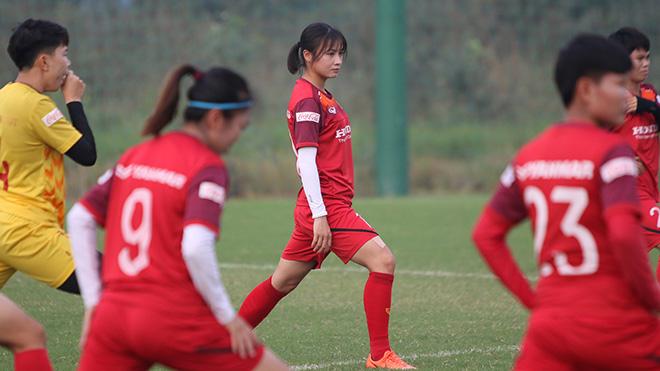 Tuyển thủ nữ Việt Nam khoe sắc, quyết bảo vệ HCV SEA Games
