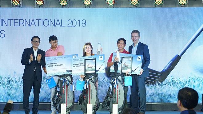 Các đại diện Việt Nam sẽ dự giải golf không chuyên thế giới năm 2020. Ảnh: BM