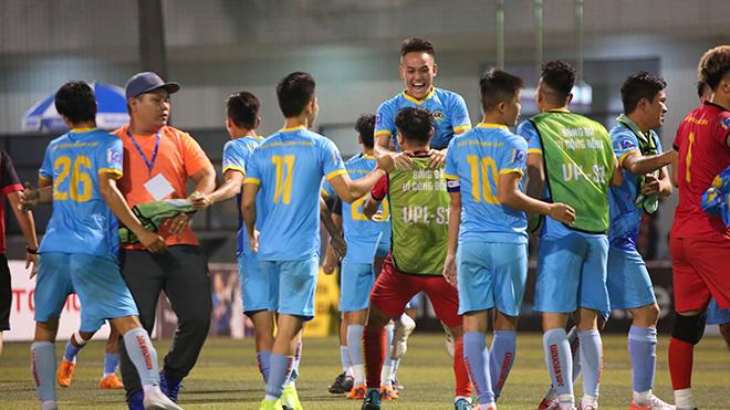 Sài Gòn vỡ oà với niềm vui lần đầu vô địch SPL