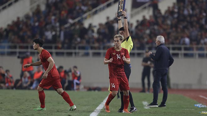 So với năm trước, cầu thủ HAGL ở U23 Việt Nam không còn quá quan trọng với HLV Park Hang Seo. Ảnh: Hoàng Linh