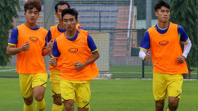 U20 Việt Nam ra sân tập luyện từ ngày 30-11 tại Hà Nội để chuẩn bị cho giải đấu ở Bình Dương. Ảnh: VFF