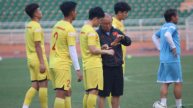 HLV Park Hang Seo sẽ thôi mạo hiểm theo cảm tính sau thất bại ở Thái Lan vừa qua
