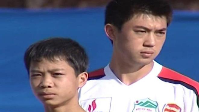 Ảnh Lee Nguyễn và Công Phượng được CLB HAGL công bố trong quá khứ khiến dư luận thích thú. Ảnh: HAGL FC