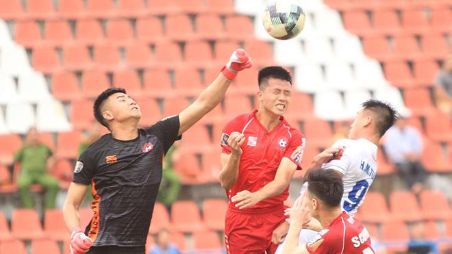 Cầu thủ Việt không hứng thú với bóng đá Thái Lan