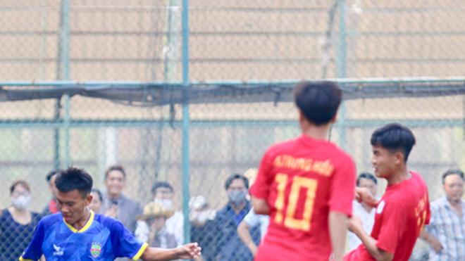 Bóng đá Việt và cái giá của tiêu cực