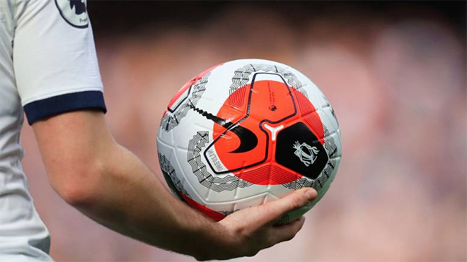 Sau Italia, Anh cũng lên kế hoạch cho các CLB đá tập trung để hoàn thành mùa giải để tránh thiệt hại lớn về kinh tế