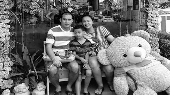 Nirut (trái) bên gia đình, cựu cầu thủ HAGL và ĐTQG Thái Lan phải nhận tin rất buồn ở tuổi 41