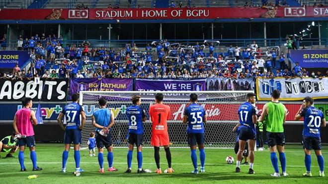 Có vắc xin chữa Covid-19, Thai League mới mở cửa cho CĐV