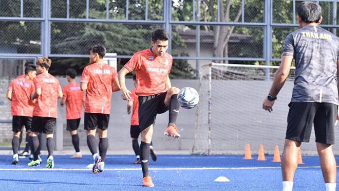 Thái Lan chi tiền tỷ để thử Covid-19 tại Thai League