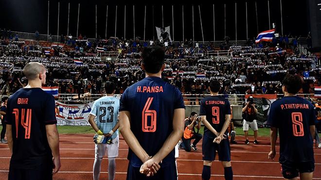Bóng đá Thái Lan phải nhìn sang V-League để học hỏi đưa giải đấu trở lại